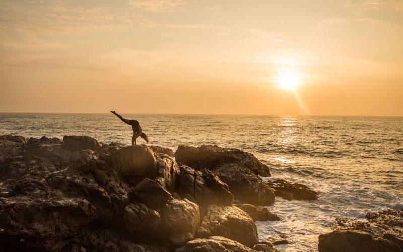 Sunset-Yoga-seaview-1