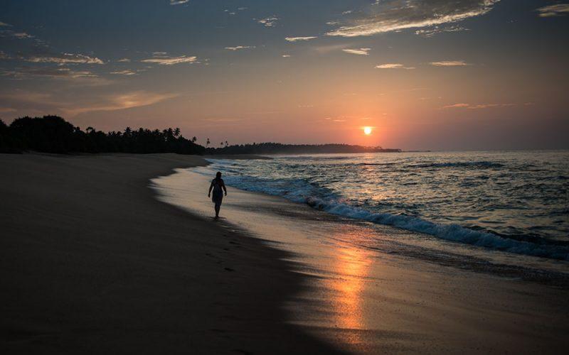 sunrise-woman-walk-stroll-shore